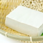 豆腐の胸を大きくする2つの成分!もっと効果的な方法とは?